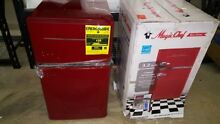 Magic Chef Retro 3 2 cu  ft  2 Door Mini Refrigerator in Red