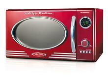 Nostalgia RMO400RED Retro 0 9 Cubic Foot 800 Watt Countertop Microwave Oven   Re
