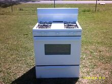 Good Used Tapan Gas cooking range