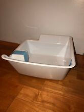 Frigidaire Fpbc2277rfh Freezer Ice Maker Bin Container Part   242128001