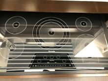 Thermador 36 Inch Induction Cooktop with 5 Elements CIT365KM