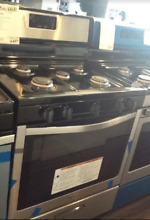 New Open Box Whirlpool  30  Free Standing Gas Range Black on Stainless Steel WFG