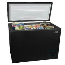 Chest Freezer 7 cu ft Arctic King Black Recessed Handle Removable Basket Gasket