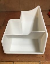 Ice Maker Icemaker Cube Bucket Bin Tray Holder Storage Container 197D4115P001