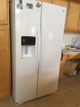 Kenmore 26 cu ft Side By Side Refrigerator White Model 51132