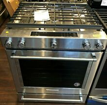 New Open Box KitchenAid  29 88  Stainless Steel Slide In Gas Range KSGB900ESS