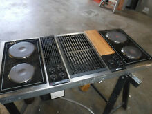 Jenn air tripple bay downdraft cooktop with grill unit