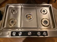 KitchenAid Architect 30  gas cooktop Stainless Steel 5 Sealed burners Beautiful
