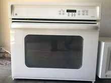 GE Profile Wall Oven   30 inch Model JTP15WDWW