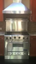 Viking 36  Professional Stainless Gas Range Oven 4  burner   very good condition