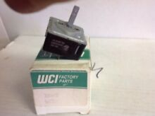 WCI Electric Range Top Burner Switch  699T015P02   3206431  Box48