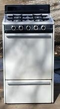 WHITE KENMORE   FRIGIDAIRE 20 INCH APARTMENT GAS STOVE RANGE OVEN 119 702881