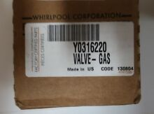 New OEM  Genuine Whirlpool Maytag Stove Gas Valve  Y0316220