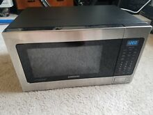 USED SAMSUNG MG11H2020CT 1 1CU FT STAINLESS STEEL MICROWAVE W  RACK   GRILL
