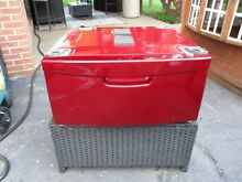 Samsung Red Pedestal WE357A0R XAA for Washer or dryer