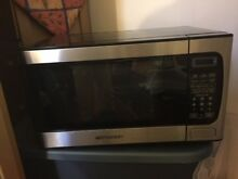 Emerson big stainless steel microwave oven 900 w barely used with original box