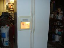 Kenmore Side by Side Refrigerator  White  Used  Ice Maker  Good Condition