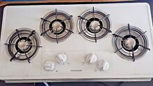 VERY NEW Frigidaire FFGC3603LWA Electric Cook top   WHITE   EXCELLENT CONDITION