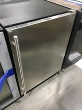 UCLRCO2175S00 ULINE 24  COMBO CLEAR ICE MAKER REFRIGERATOR  OUT OF BOX