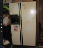 Refrigerator GE side by side