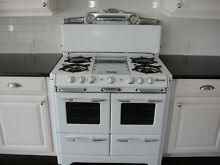 VINTAGE 39  O KEEFE   MERRITT KITCHEN STOVE 1950 DOUBLE OVENS AND BROILERS