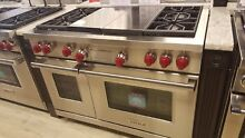 DF484CG WOLF 48  DUAL FUEL RANGE 4 BURNERS GRIDDLE GRILL DISPLAY MODEL