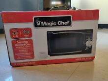 Magic Chef 0 7 Cu  Ft  Microwave Oven in Black with Digital Touch   MCM770B