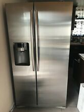 Samsung RS25H5111SR Refrigerator Side by Side 24 5 cu  ft In Door Ice