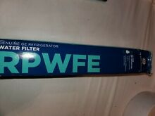 GE RPWFE Refrigerator Water Filter White