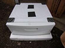 Samsung Pedestal White WE357A0W for Washer or Dryer WITH HARDWARE