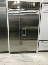BI48SDSPH SUBZERO 48  SIDE BY SIDE W DISPENSER STAINLESS PRO HANDLE DISPLAY