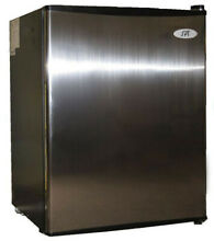 Used  SPT Compact Refrigerator RF 250SS