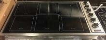 Viking 36  VICU1656BSB Professional Black 6 Burner Induction Radiant Cooktop