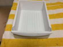 FRIGIDAIRE REFRIGERATOR WH MEAT PAN PART 240530801 free shipping
