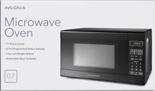 Insignia 0 7 Cu Ft  Compact Microwave Free shipping