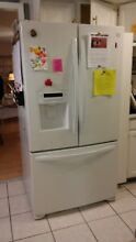Kenmore side by side Refrigerator   White    495