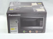 Panasonic NN SU686S    1 3 Cu  Ft  Mid Size 1100 Watts Stainless Steel Microwave