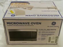 GE JES1145SHSS    1 10 Cu  Ft  Mid Size 950 Watts Stainless Steel Microwave