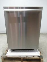 Thermador Star Sapphire 24  44 DB 8 Cycle Fully Integrated Dishwasher DWHD860RPR