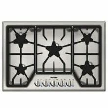 NIB Thermador Masterpiece 30  5 Star Burners with Power Burner Cooktop SGS305FS