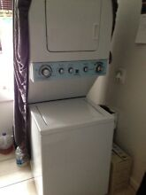 24  kenmore  61 cm   wide laundry center washer   electric dryer model 110 81422