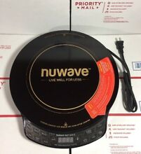 NEW   NEVER USED NuWave PIC Gold Precision Induction Cooktop 30211  WARRANTY