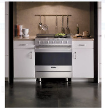 Viking D3 Series 30  Stainless Steel 5 Elements Electric Range RDSCE2305BSS