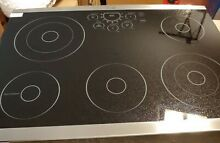 LG STUDIO LSCE305ST 30 in  Radiant Electric Cooktop in Stainless Steel