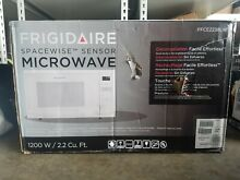 OPEN BOX Frigidaire FFCE2238LW 1200 Watts Microwave Oven   Free Shipping