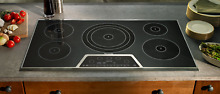 Thermador 36 Inch Masterpiece Series Induction Cooktop with 5 Zones CIT365KB