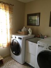 LG Front Loading Washer   Electric Dryer Set