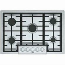 Bosch 800 Series 30  Electronic Reignition 5 Sealed Burner Gas Cooktop NGM8056UC