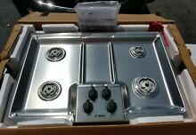 Brand New  Open Box Bosch NGM5055UC 30  Stainless Gas Cooktop Perfect Condition