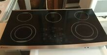 GE Monogram  30    Glass Surface Cooktop   Model     Z EU36RSF1SS   Pickup Only
